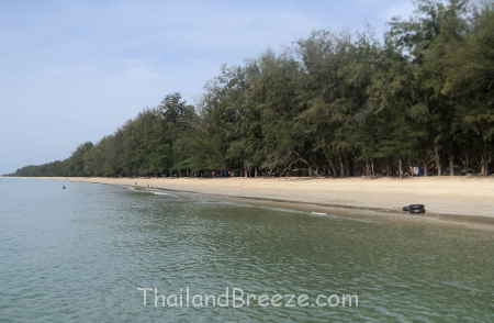 The beach at Hat Wanakon National Park in Thailand.