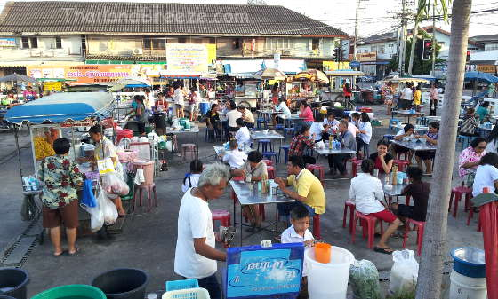 Night markets are popular in Thailand.