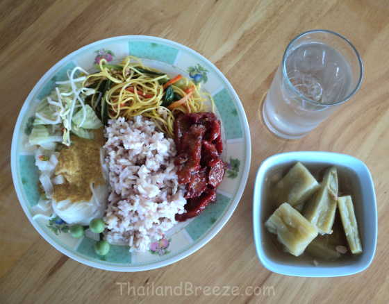 A delicious meal at a vegetarian restaurant in Klongwahn, Thailand.